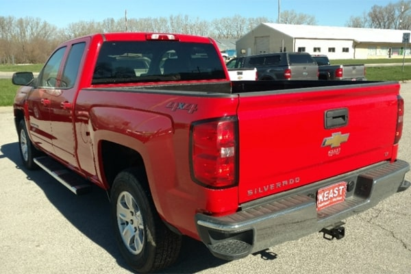 Top 5 Best Tonneau Cover for Silverado Reviews & Buying Guide
