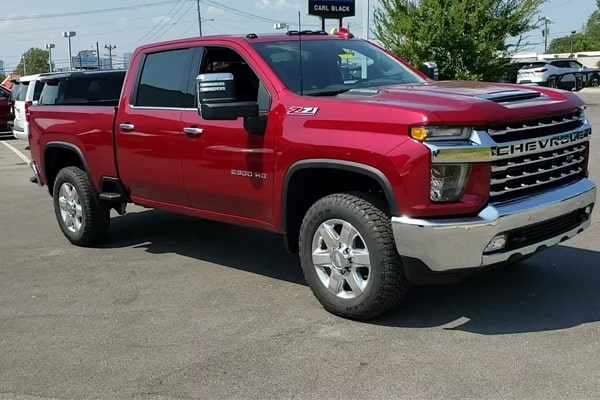 Best Tonneau Cover for Chevy Silverado: Buyer's Guide & Considerations