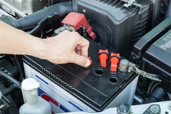 What Is A Car Battery And Who Makes The Best Ones?