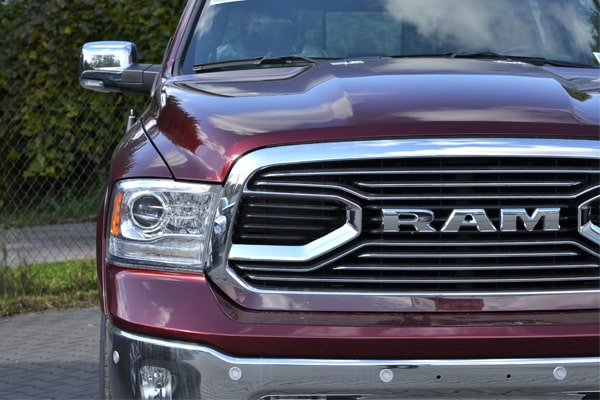 5 Best Running Boards for Ram 1500, Top Choices and Reviews