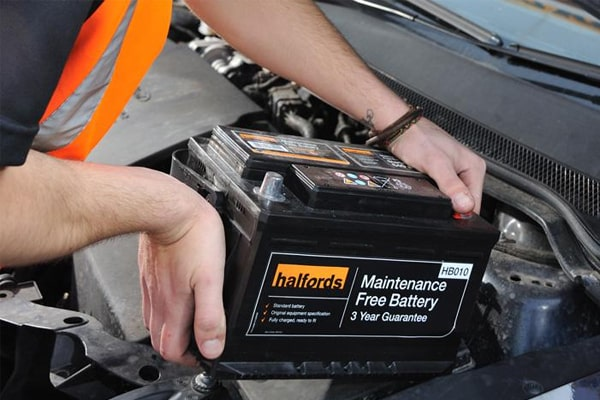 Looking for the Best Battery Maintainer on the Market – Top 10 Products for Long Periods of Inactivity